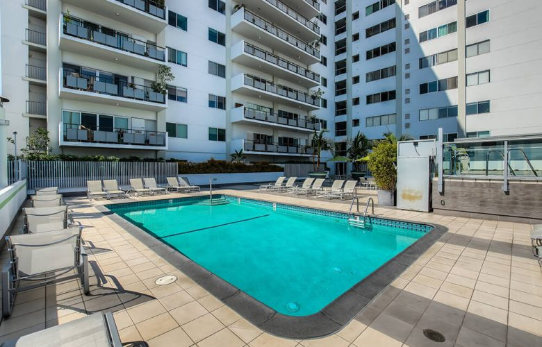 Condo with Captivating Views – 1bd/2ba West Hollywood
